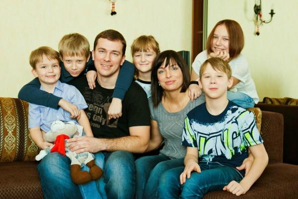 Многодетная семья - надежда славянского народа