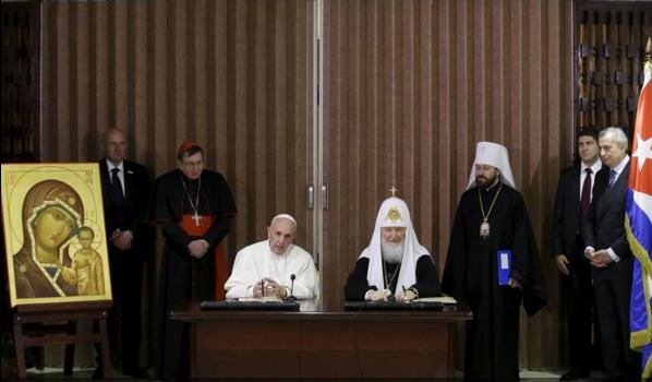 Совместное цирковое выступление: Святейшего Патриарха Кирилла и Папы Римского Франциска