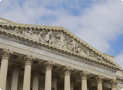 US_Capitol_Columns
