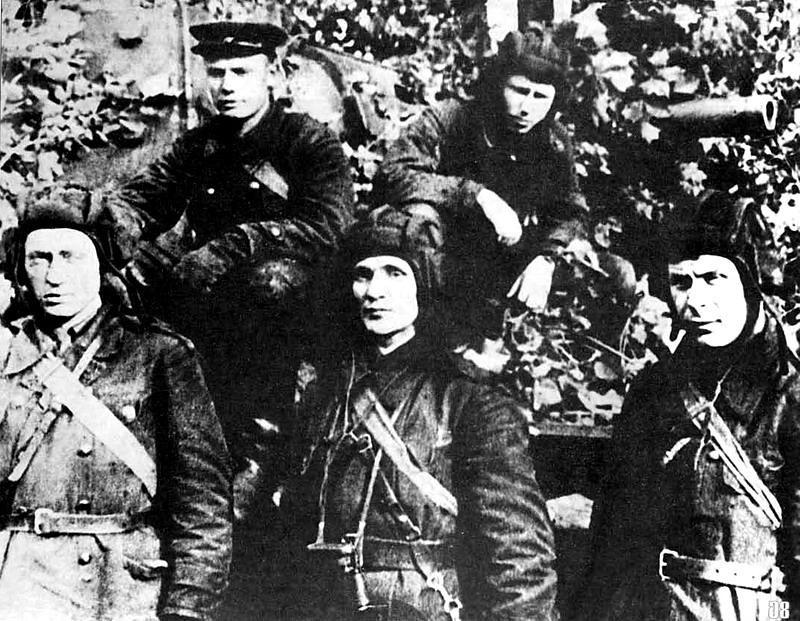 экипаж Колобанова