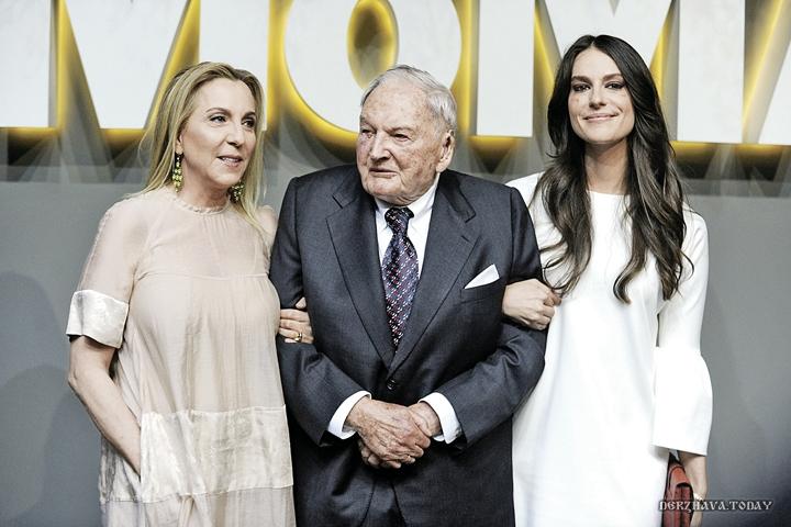 Дэвид Рокфеллер с невесткой Сьюзан (жена Дэвида Рокфеллера-младшего, на фото - слева) и внучкой Арианой.