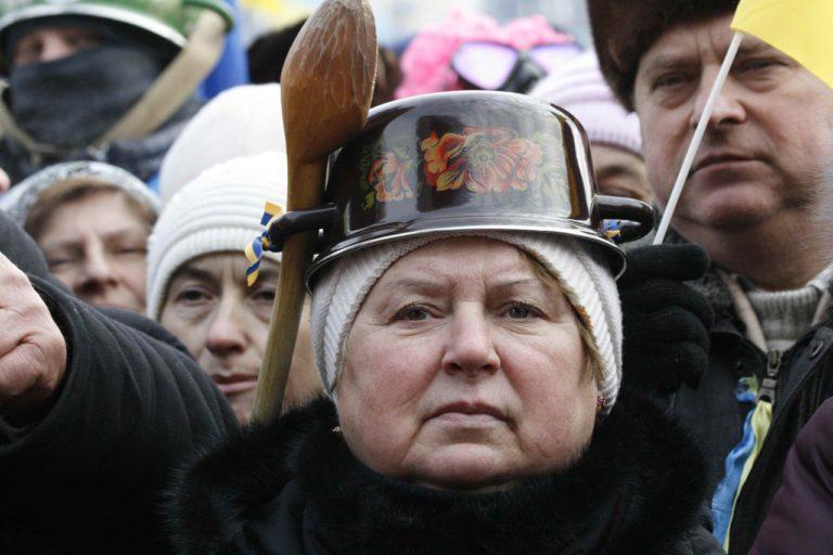 «Диктаторские законы», предательский украинский суд и кастрюльная прокуратура
