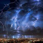 Молнии способны запускать ядерные реакции