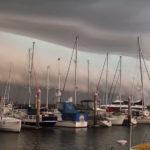 Мощный шторм в австралийском Квинсленде обесточил тысячи домов