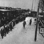 Немецкие дети, увидев русских рабов, бросали в них камни …